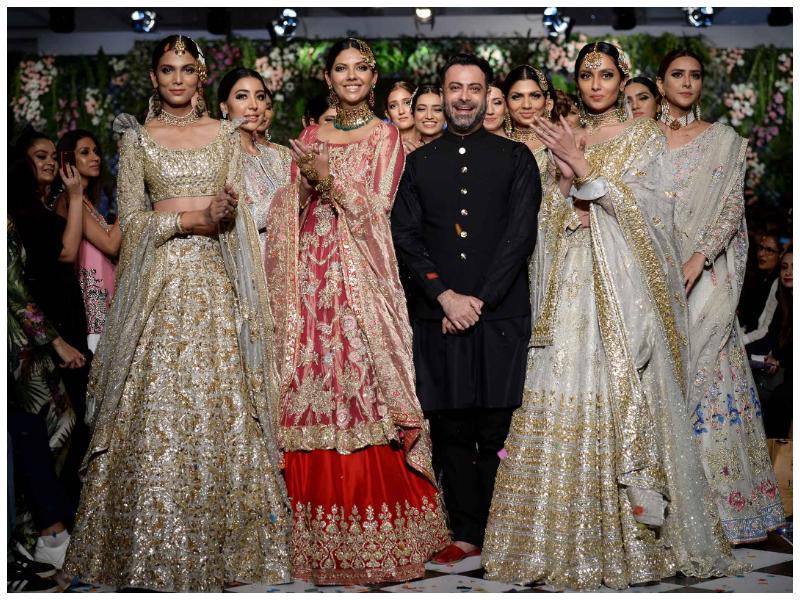 Fashion Calendar 2019 List Of Shows Happening In Pakistan Internationally Something Haute